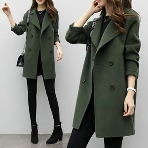 Jackets & Blazers - NWT Green autumn/winter jacket